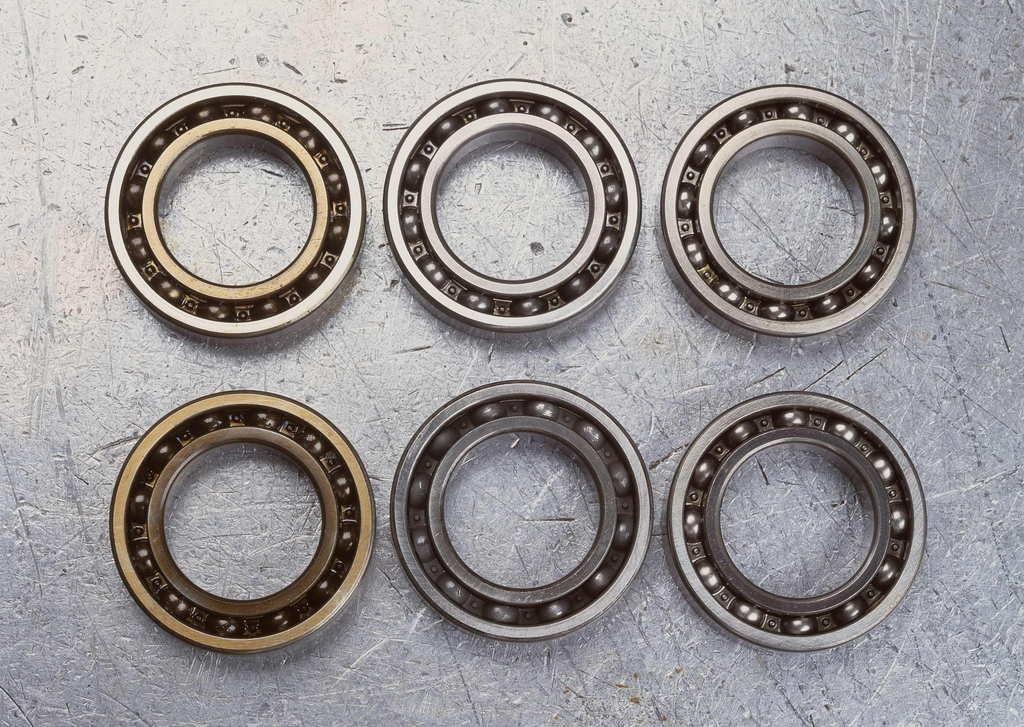 Distributor Motorcycle Spare Parts SKF Koyo NACHI NSK NTN Timken Price Deep Groove Ball Bearing 607 6201 6203 6205 6207 6209 6211 6221 Bearing